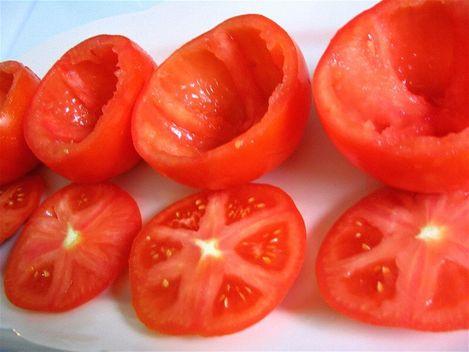 tomate farcie avant farcissage