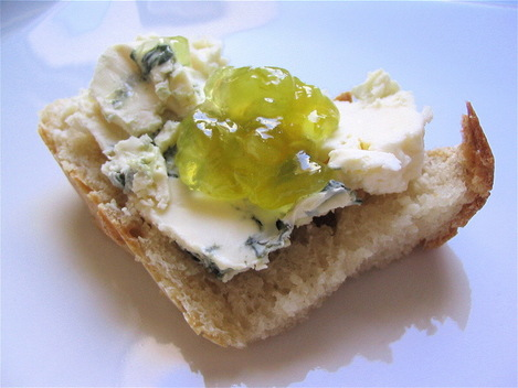 tartine roquefort confiture